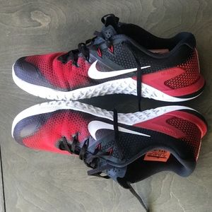 Mens Nike Metcon 2 Red, Black and White Size 10.5